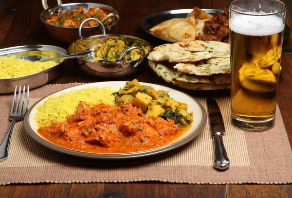 institution-warrington-curry-night